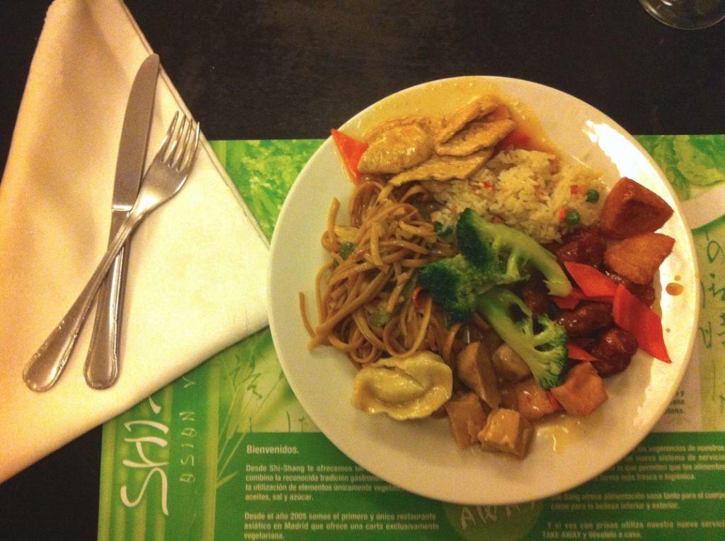 8 favorite places for vegetarian vegan food in madrid