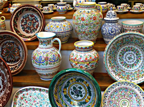 16 Uniquely Spainish Things To Buy In Seville