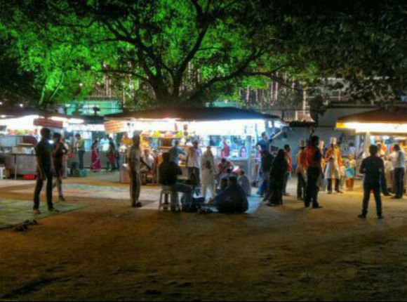 Chaupati Beach Food Stalls