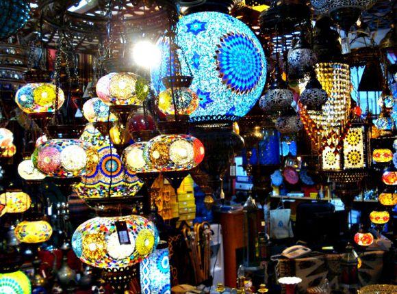 Top 15 Uniquely Dubai Things to Buy