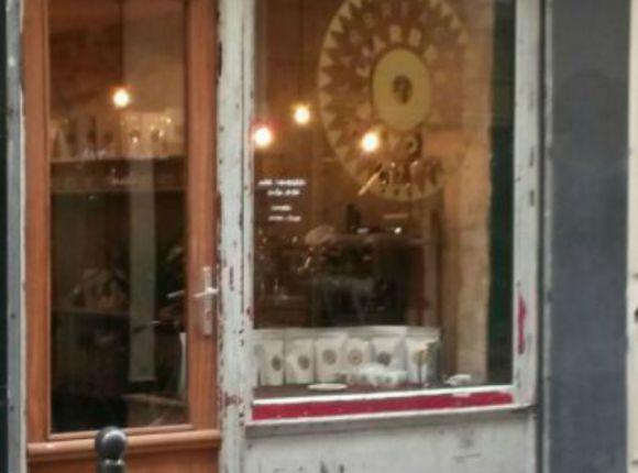 Larbre A Cafe Paris