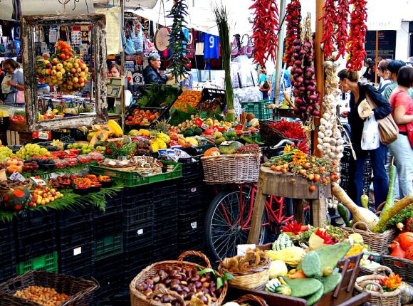 Outdoor Food Markets In Rome