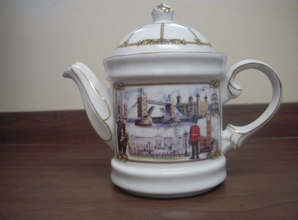 Images of London Teapot