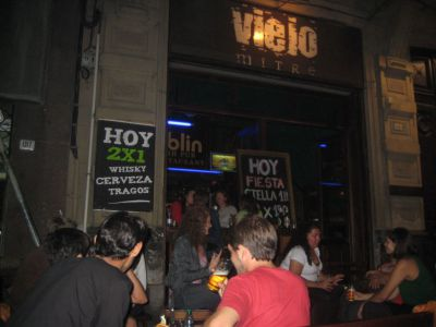 Pubs and Nightclubs of Ciudad Vieja