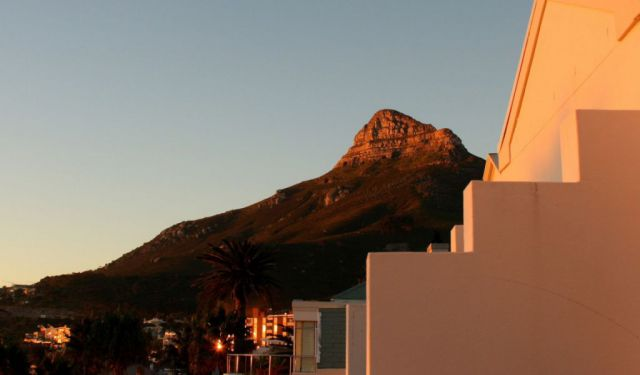 Camps Bay Walk, Cape Town