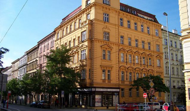 Vinohrady Architecture Walking Tour, Prague