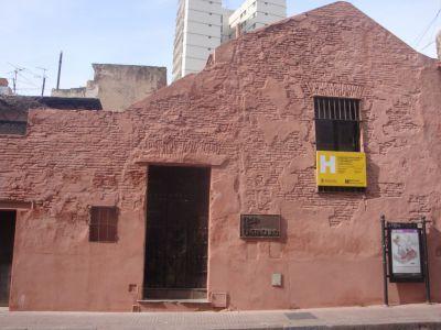 San telmo art and architecture walking tour buenos aires for Casa de diseno san telmo