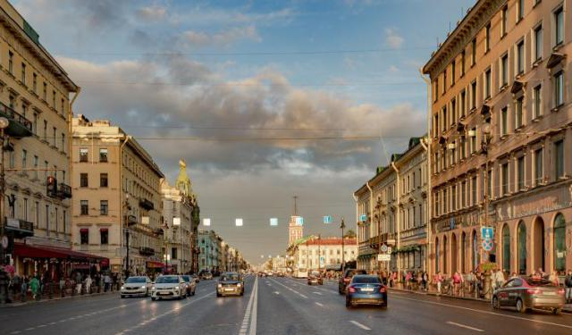 Nevsky Prospekt Walking Tour, St. Petersburg