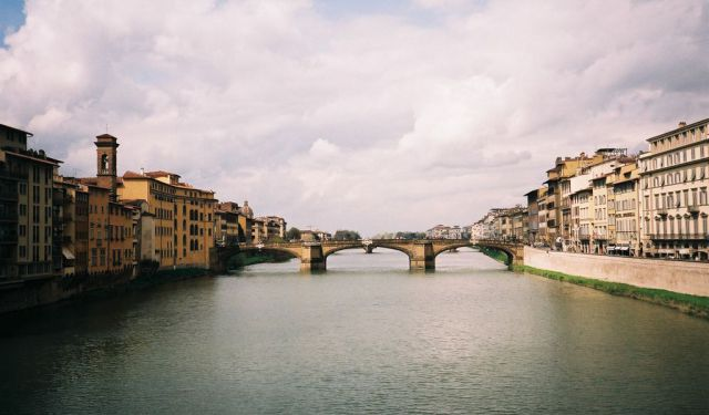 Arno South Bank Walking Tour, Florence