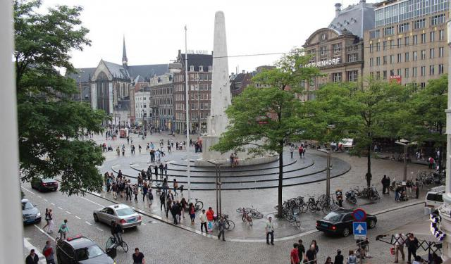 New Side (Dam Square) Walking Tour