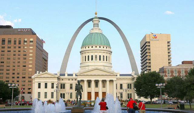 Saint Louis Downtown Walking Tour, Saint Louis