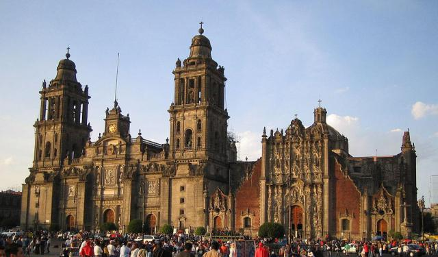 Famous Religious Edifices Walking Tour, Mexico City