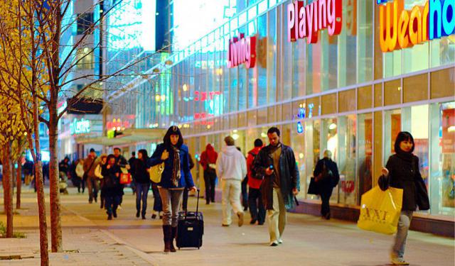 Shopping Tour in Toronto, Toronto