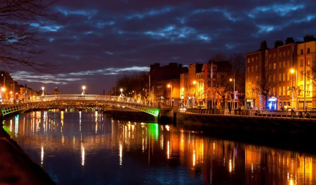 A walk along Liffey River, Dublin