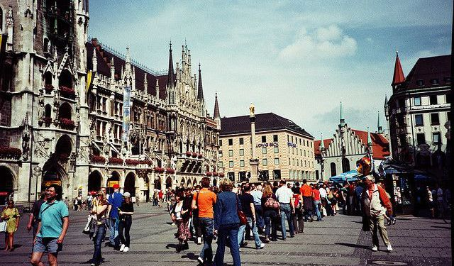 Marienplatz Area Sights Walking Tour