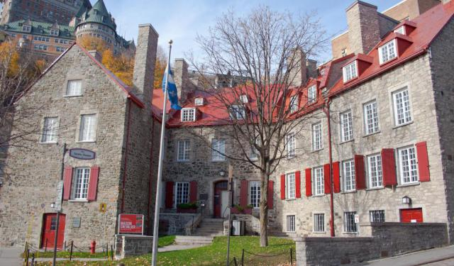 Historical Houses Walking Tour, Quebec City