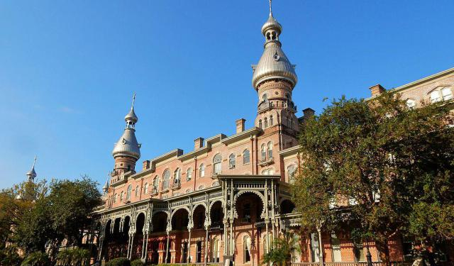 Walking Tour: Top Architectural Sites in Tampa