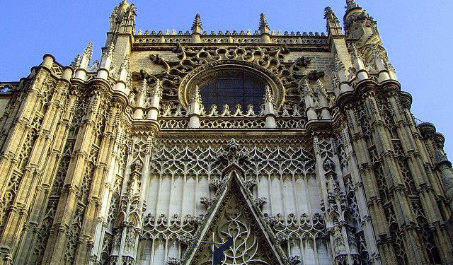Baroque Walking Tour in Seville