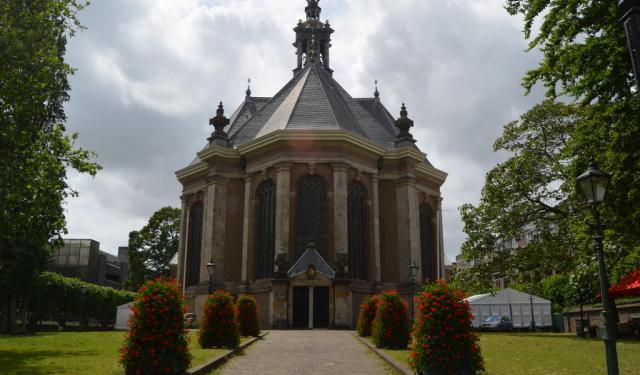 Self-Guided Classical Architecture Tour of The Hague