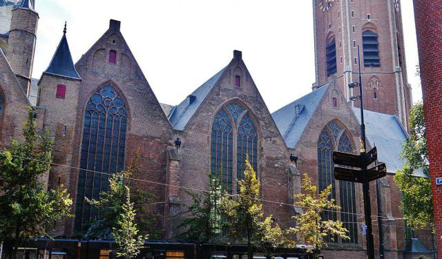 Self-Guided Churches Tour of The Hague