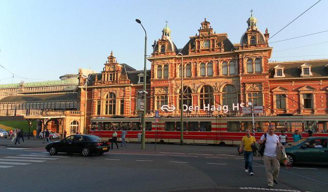 Self-Guided Architecture Tour of The Hague