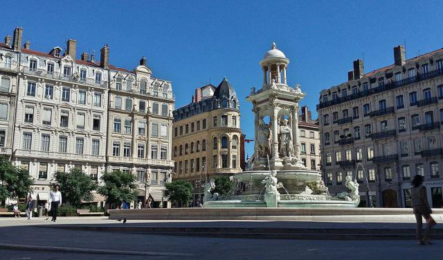 Self-Guided Architecture Tour of Lyon