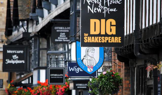 Stratford-Upon-Avon Shakespeare Tour