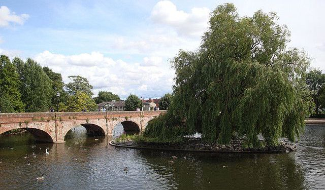 Stratford-Upon-Avon Waterside Walk