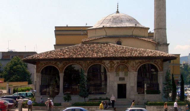Self-Guided Places of Worship Tour of Tirana