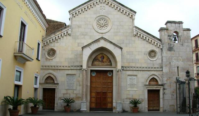 Italian Florence: 5 Self-Guided Walking Tours In Sorrento, Italy + Create