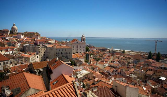 Alfama Walking Tour, Lisbon