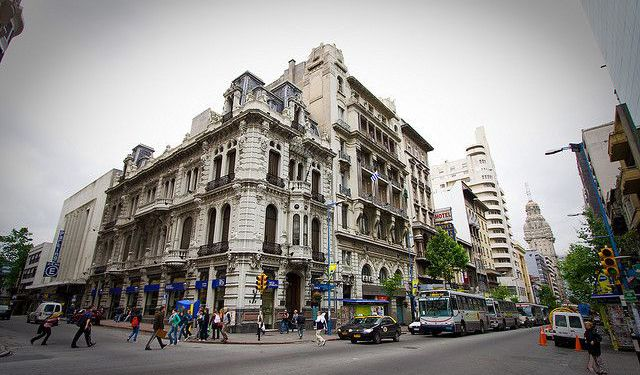 Tour of Historic Places in Montevideo