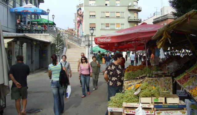 Pula Shopping Tour, Pula