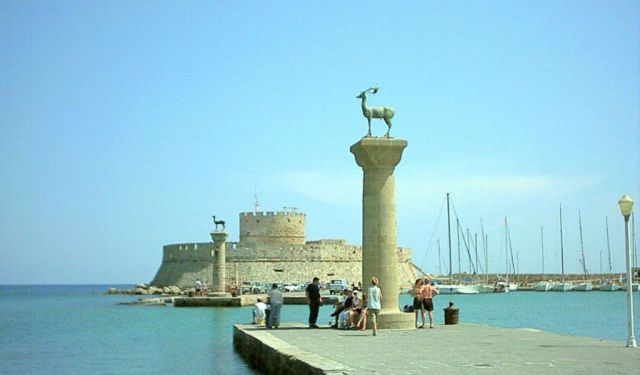 Greece Guided Tour Trips