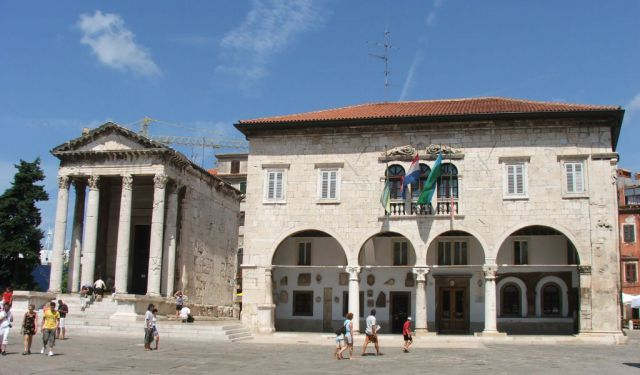 Daily Life Tour of Pula, Pula
