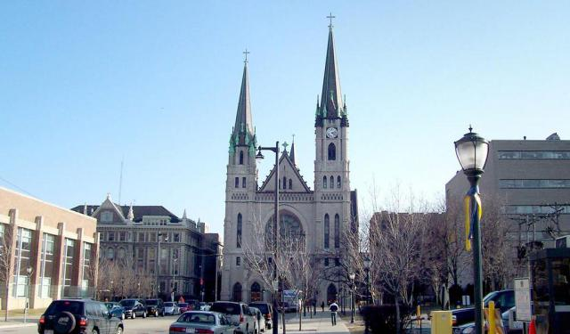 Monuments and Statues Tour in Milwaukee (Self Guided