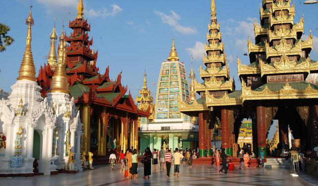 Religious Tour in Yangon