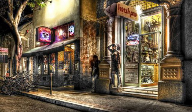 San Luis Obispo Nightlife Walk