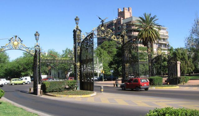 Mendoza General San Martín Park Walk, Part 2, Mendoza