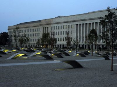 Pentagon Memorial, Arlington