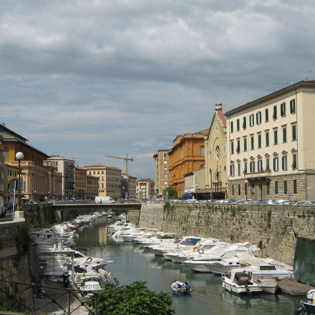 Italian Florence: 5 Self-Guided Walking Tours In Livorno, Italy + Create