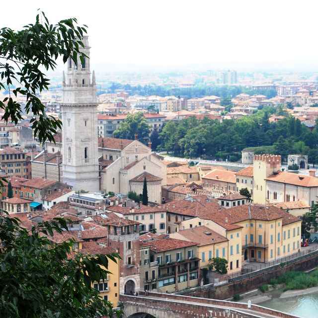 Italian Florence: 8 Self-Guided Walking Tours In Verona, Italy + Create Your
